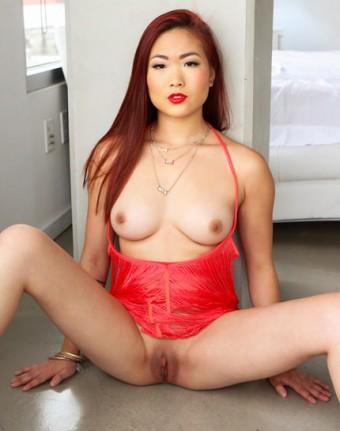 Lea Hart