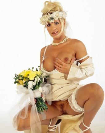 Dolly Golden