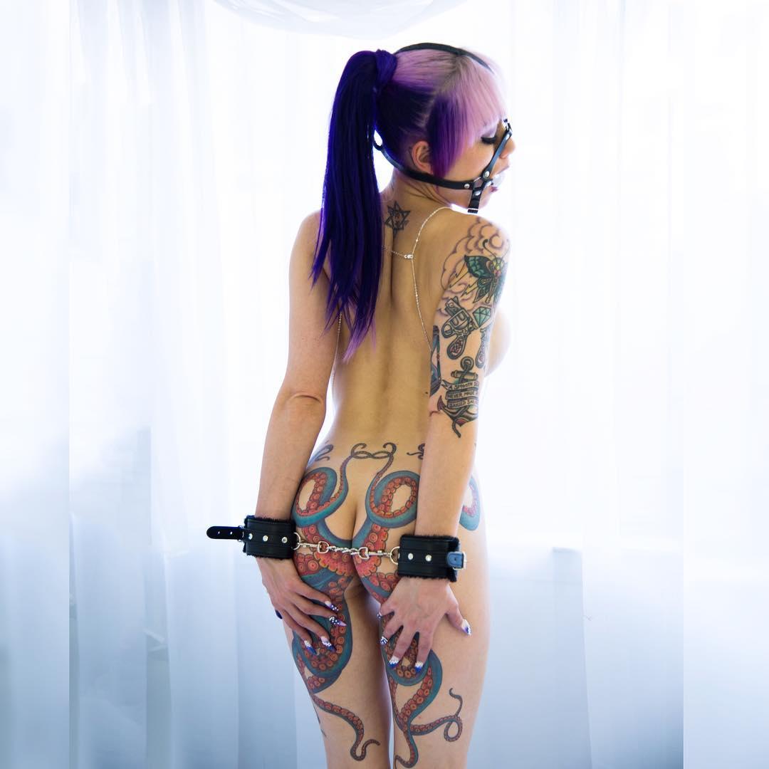 Actriz Porno Con Rosa Azul Tatuada En El Vientre daizha morgann, la mujer del pulpo en el culo – orgasmatrix
