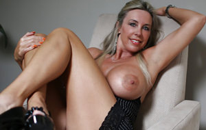 recommend you mature masturbates with vegetables very much would