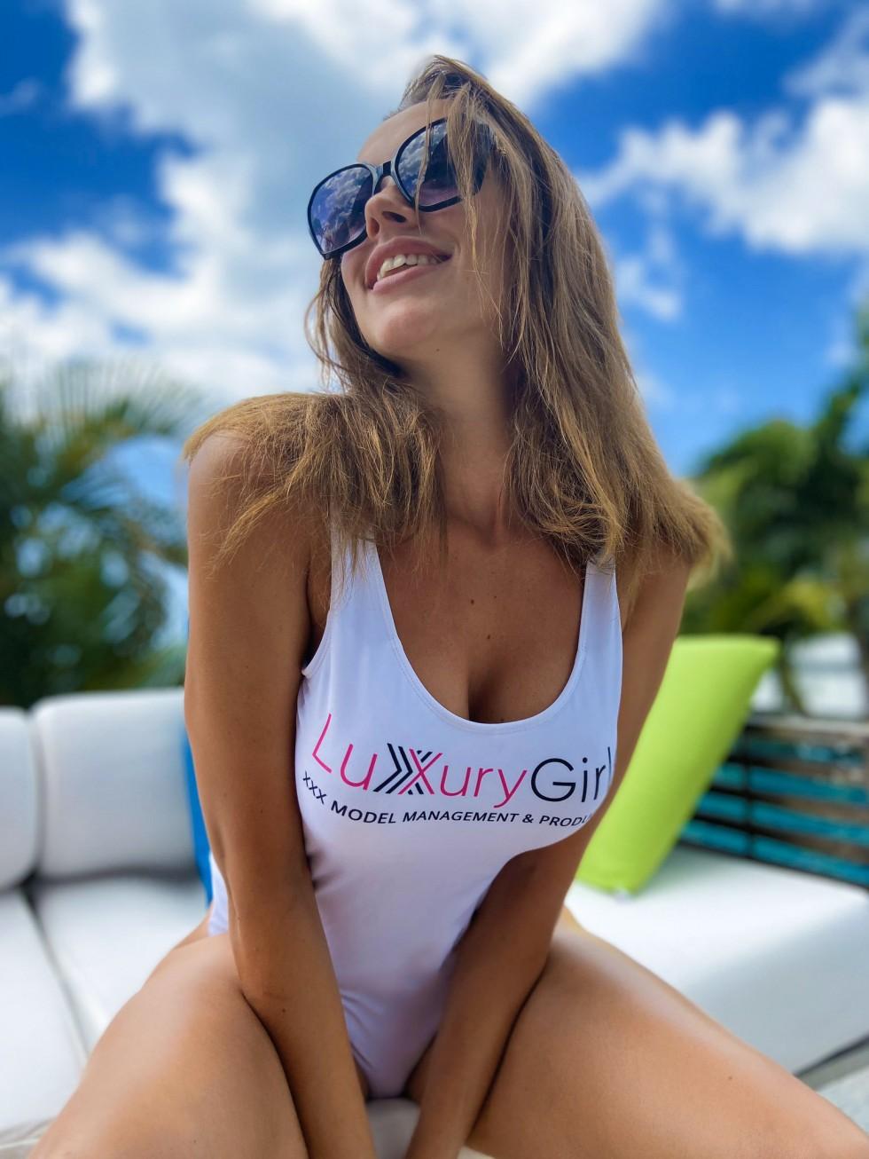 Acttices Porno Cubanas el porno amateur lujoso de luxury girl – orgasmatrix