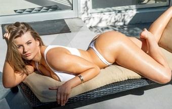 Mia Melano Incursiona En El Porno Amateur Orgasmatrix
